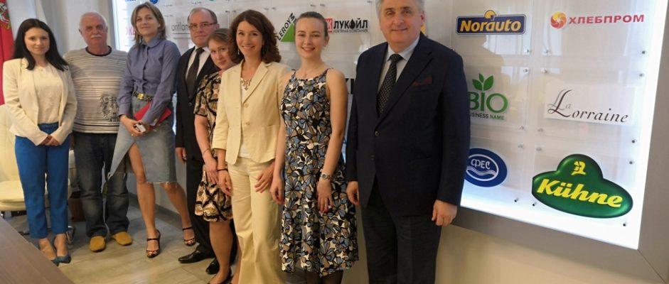 Одна из лидирующих в мире компаний в области инвитро диагностики японский Концерн «Сисмекс Корпорейшн» начинает выпуск реагентов в России.